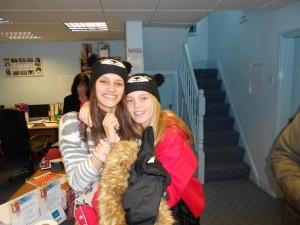 Lucía y Berta después de pasar por Poundland-compressed(1)