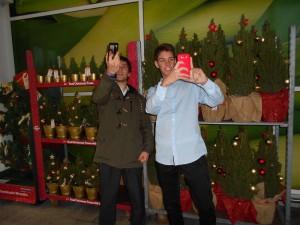 Selfie con el árbol de Navidad-compressed