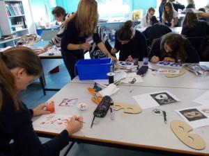 Arts & Crafts - creando nuestras máscaras