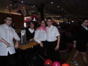 Jaime, Yago, Elisa e Jaime na bolera