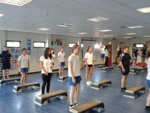 En clase de gimnasia (2)