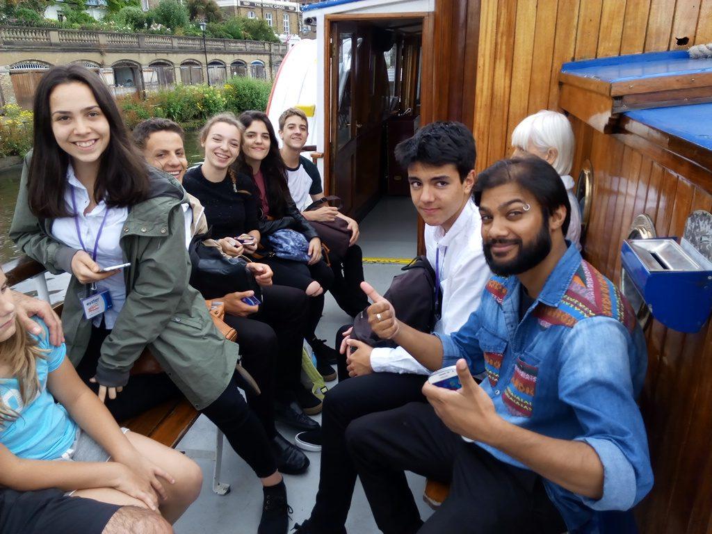 De Kingston a Richmond en barco