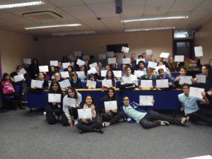 Entrega_diplomas_con_los_buddies (1)
