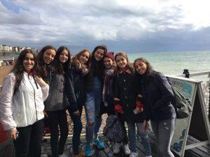 chicas-brighton