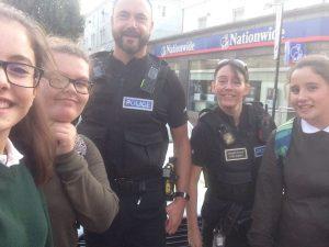 03-selfie-police-officers
