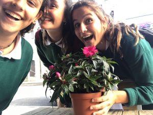 07-selfie-flowers-4-blog